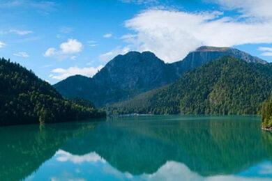 Веб-камеры озеро Рица